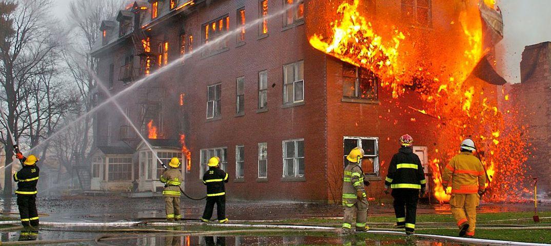 Картинки пожарная безопасность жилого дома